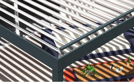 Pergola bioclimatique h3 titan pose mur/sol grise avec lames orientables perpendiculaires à la façade blanches ouverture horaire